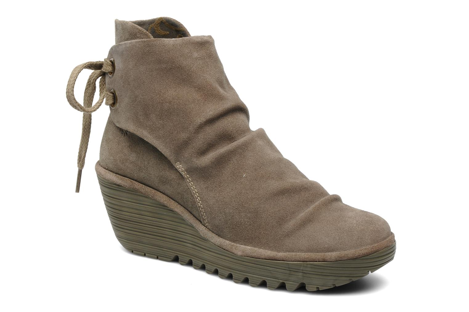 Boots en enkellaarsjes Fly London Beige
