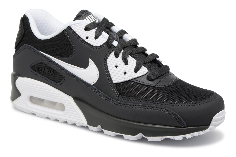 Nike Air Max 90 Essential by Nike