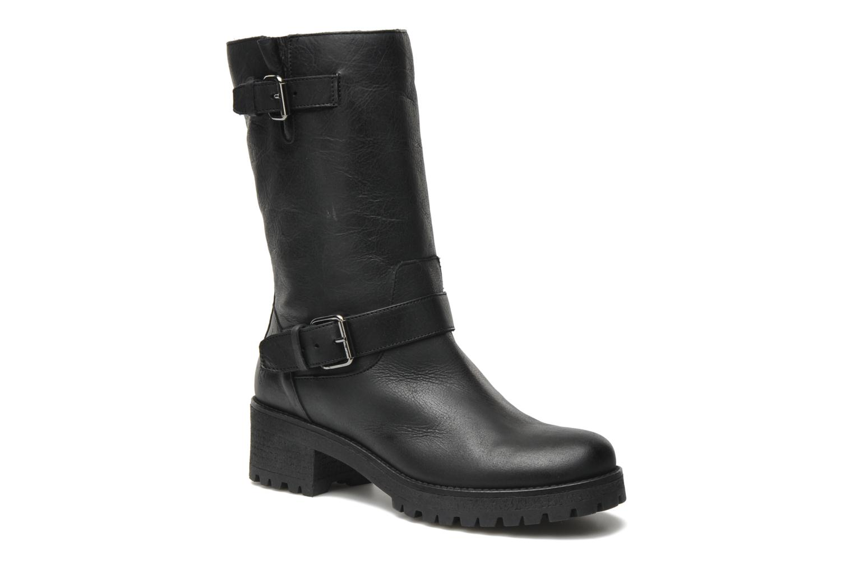 Flavia Leather