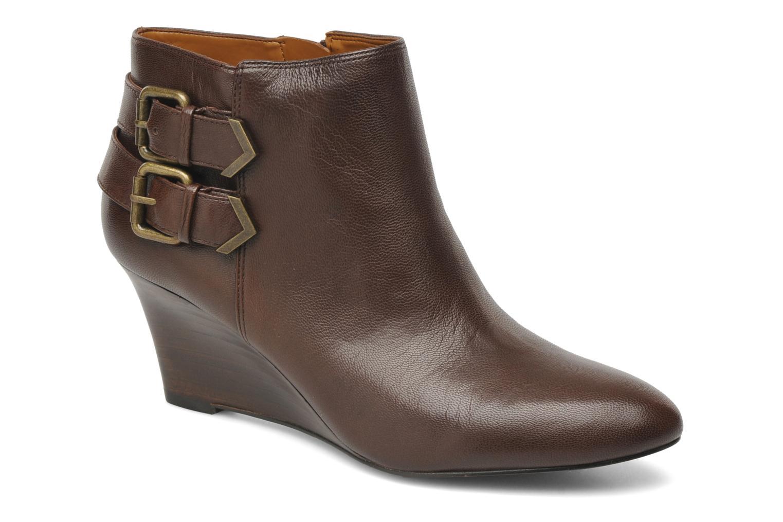 Boots en enkellaarsjes Nine West Bruin