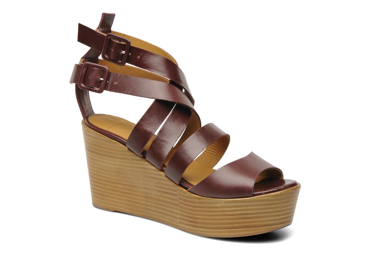 Luzo Low plateau buckle sandal