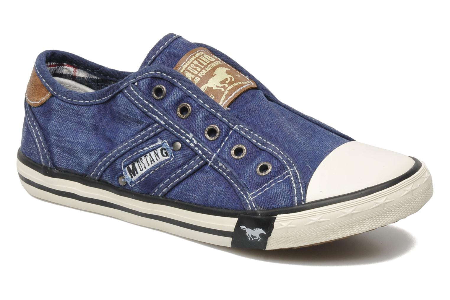 Sneakers Sorala by Mustang shoes