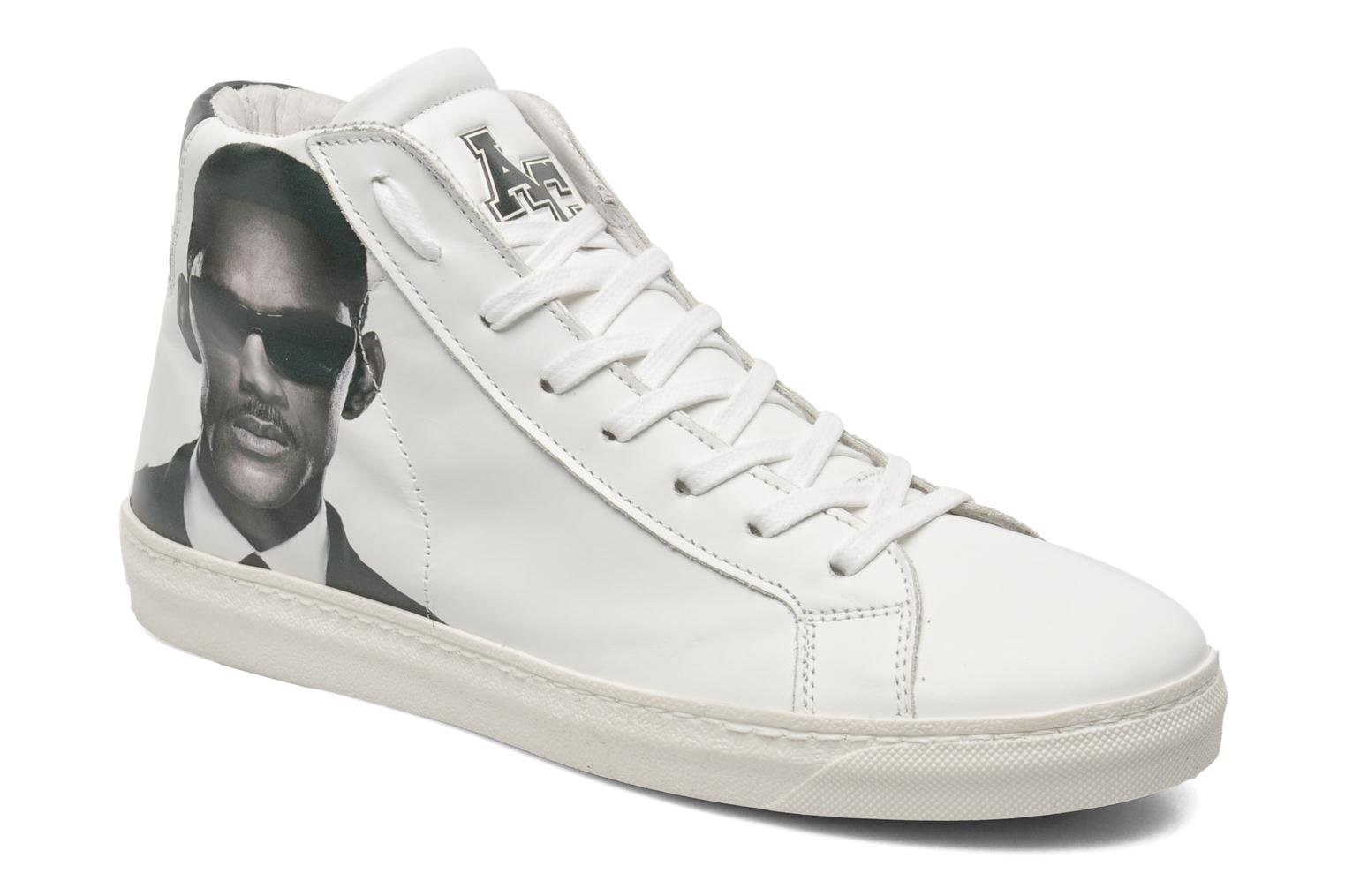 Sneakers Movie stars m by American College