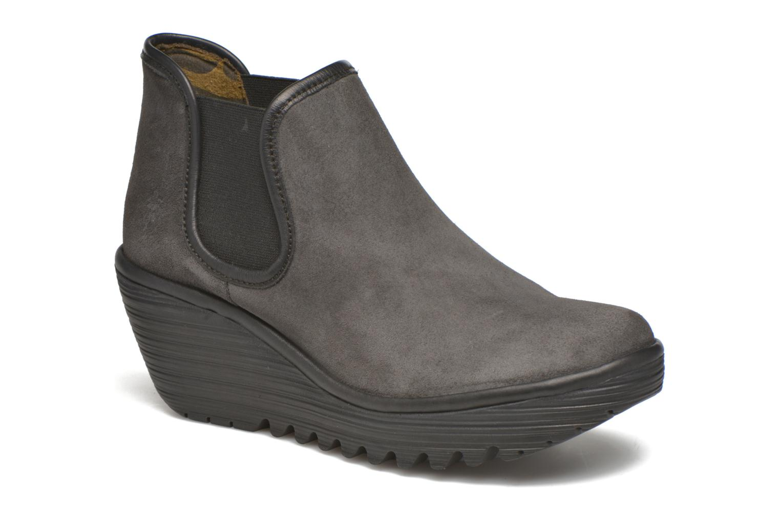 Boots en enkellaarsjes Yat by Fly London