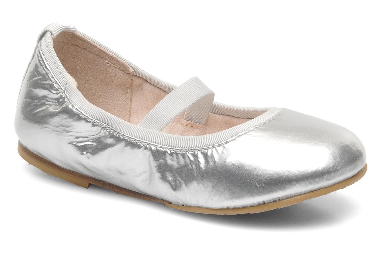 Ballerina's Isodora by Bloch