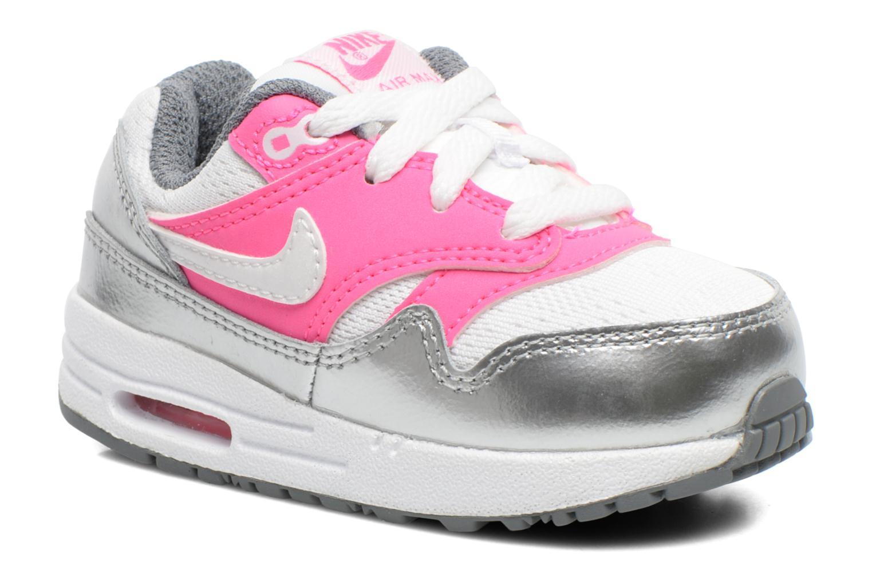 213a184f9ab Sneakers van Nike maat 22 Tot € 225 ,-   Voordelig via AlleSchoenen.BE