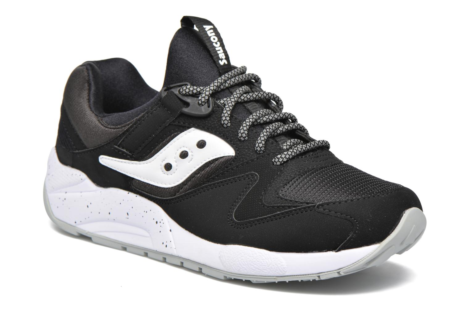 Sneakers Grid 9000 by Saucony