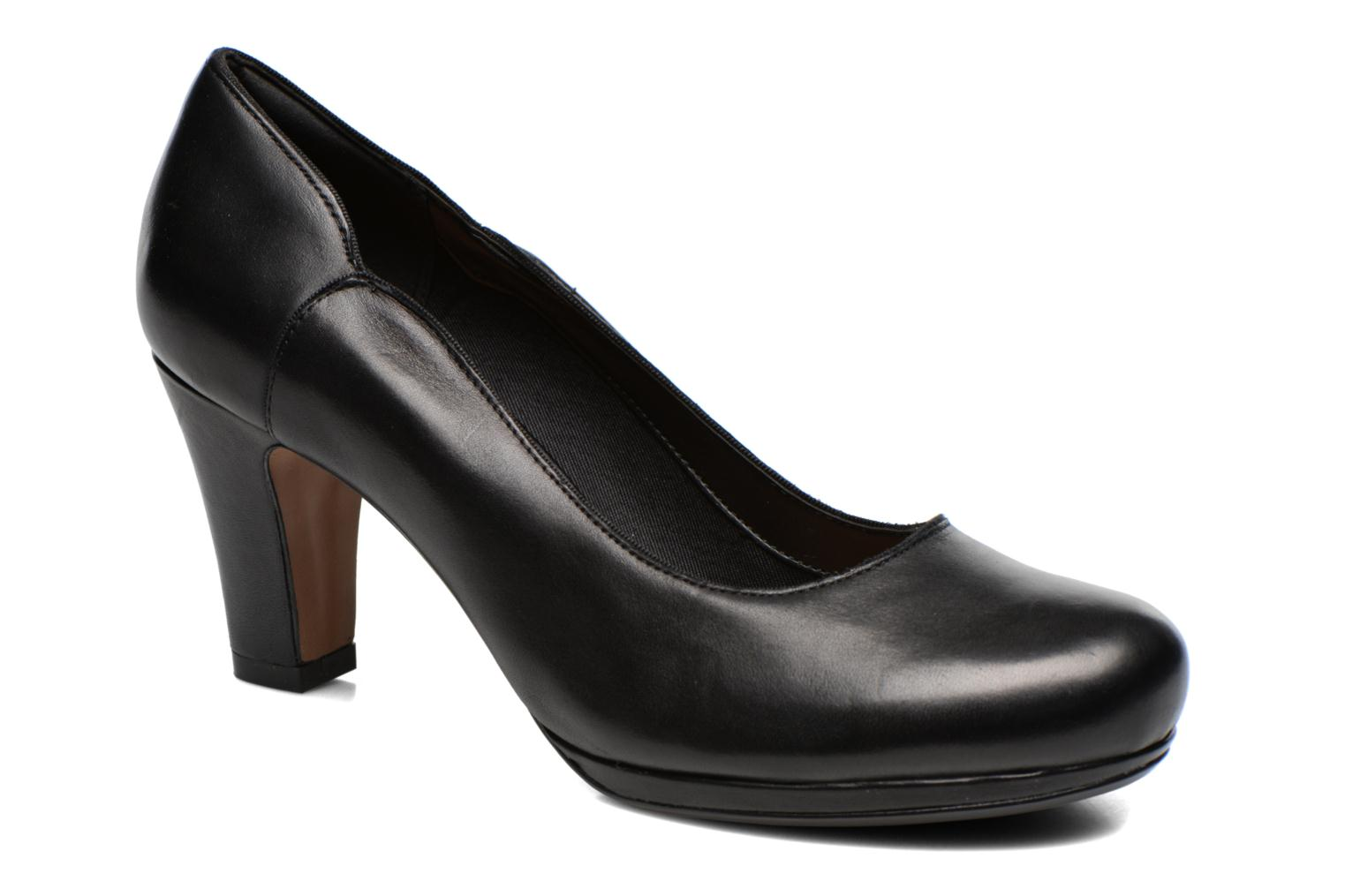 Pumps Chorus Nights by Clarks