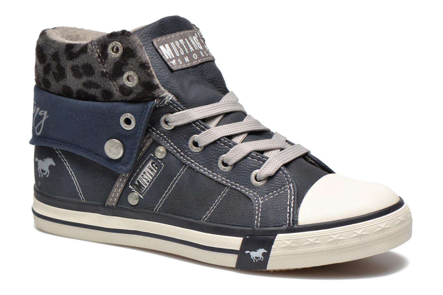 Sneakers Elena by Mustang shoes