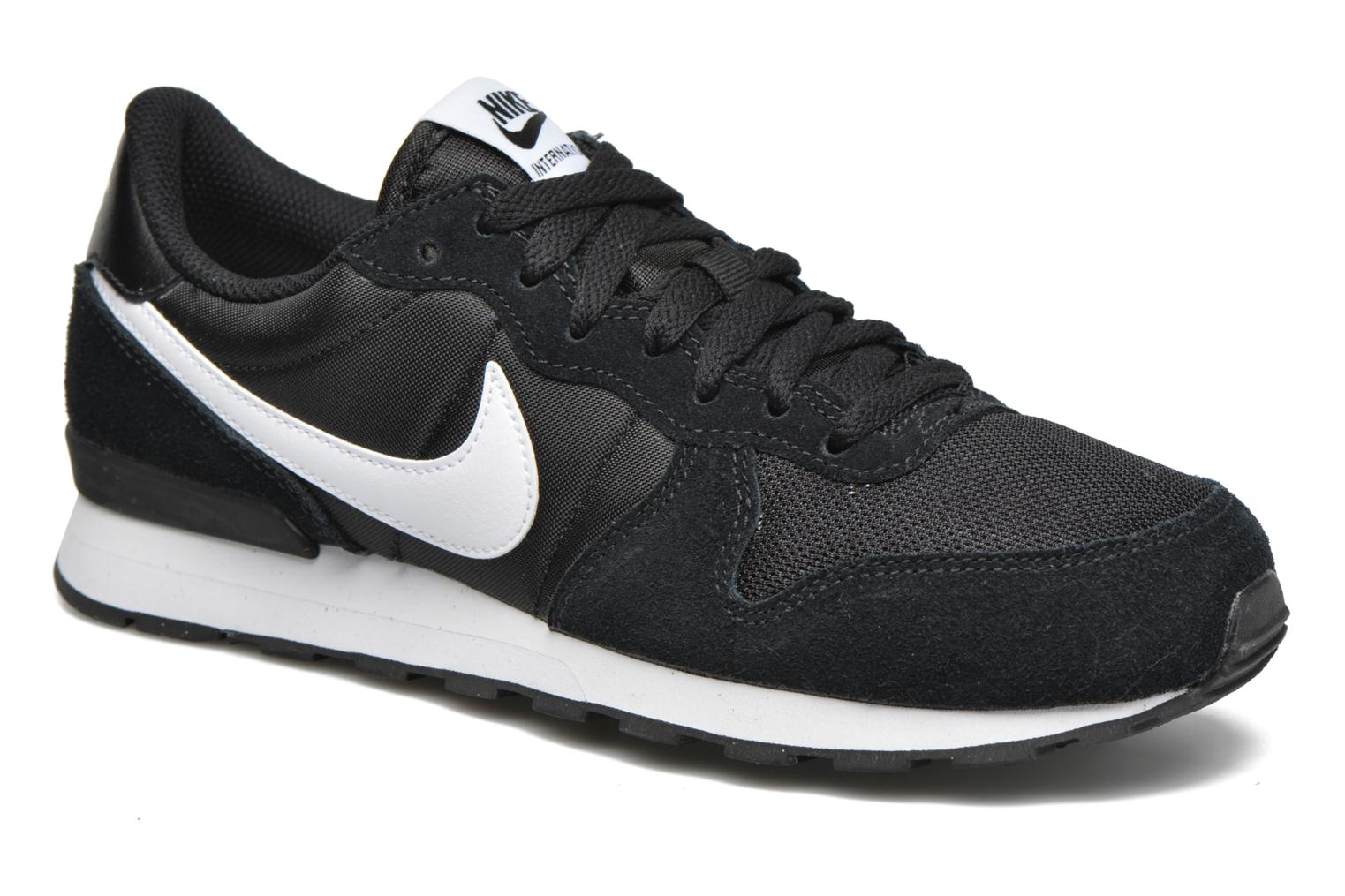 Nike Internationalist (Gs) by Nike