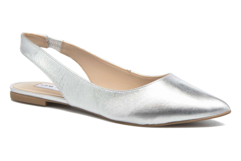 ballerina-villa-sandal-by-steve-madden