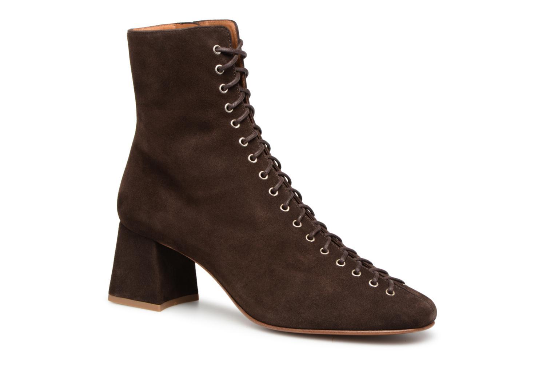Boots en enkellaarsjes By Far Bruin