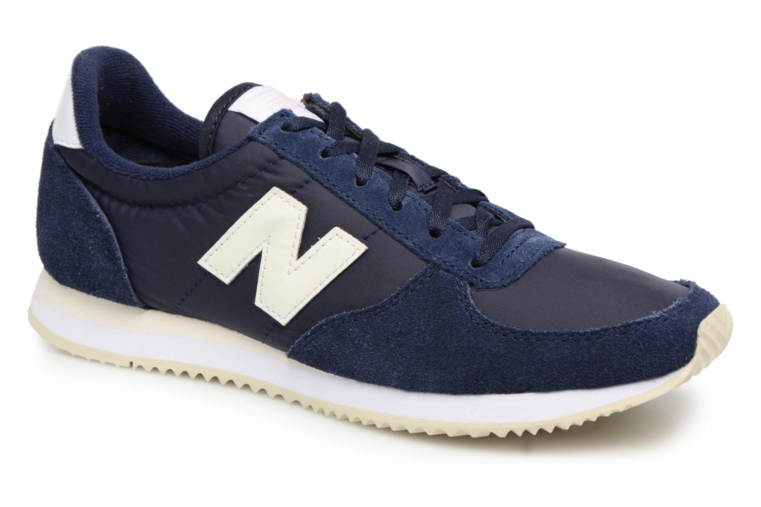 Sneakers WL220 by New Balance