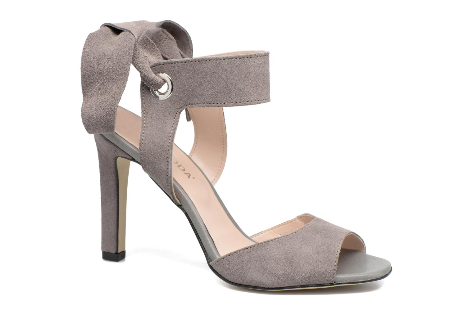 Malene Leather Sandal by Vero ModaRebajas - 40%