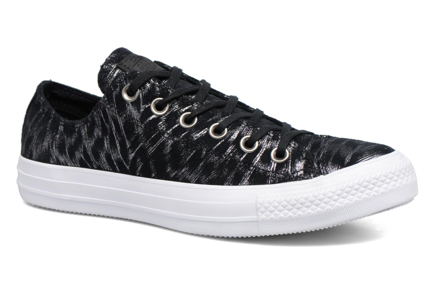 Chuck Taylor All Star Shimmer Suede Ox par Converse