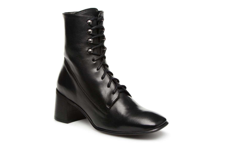 Boots en enkellaarsjes E8 by Miista Zwart