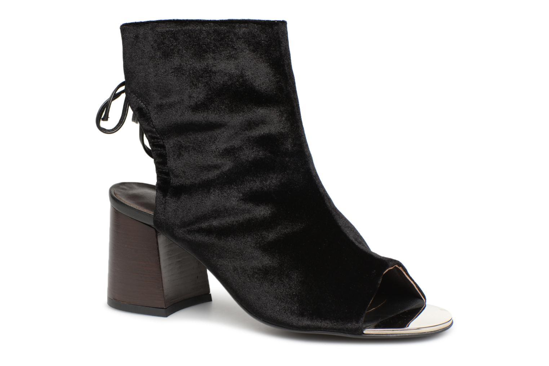 Boots en enkellaarsjes By Malene Birger Zwart