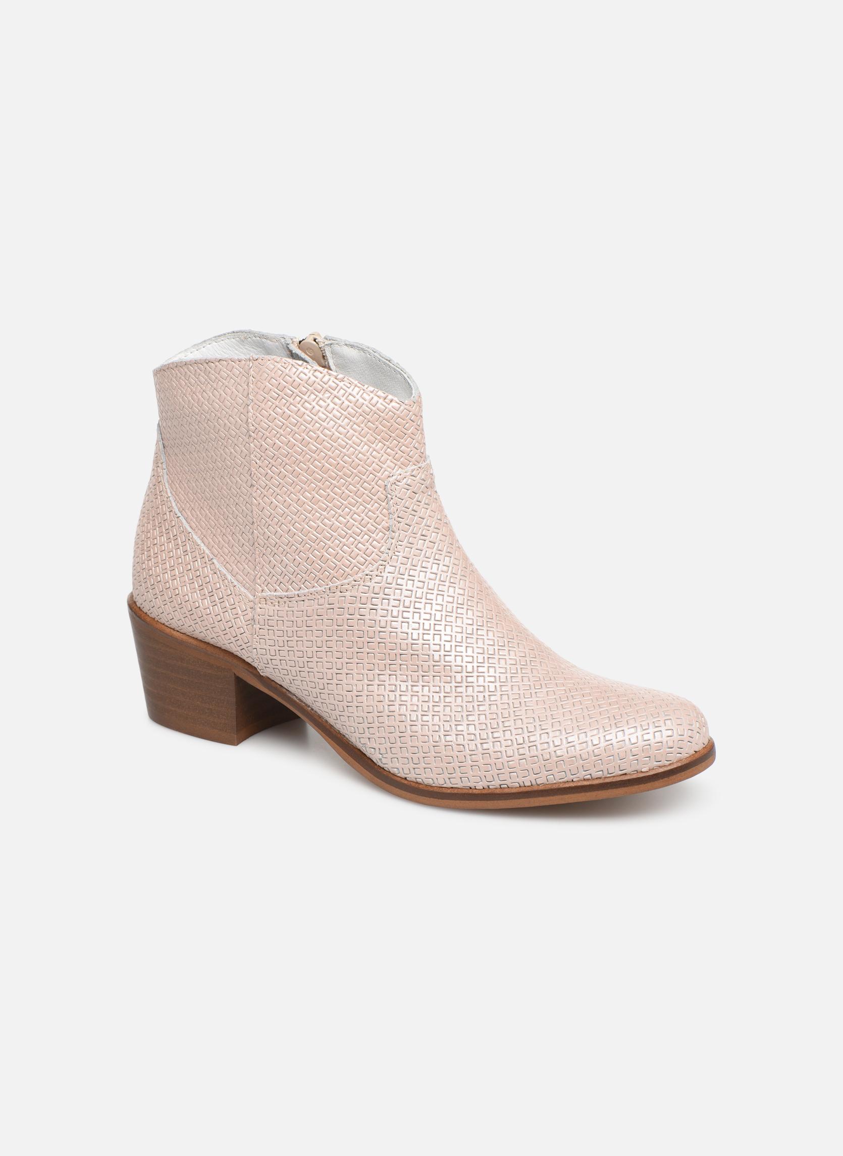 Boots en enkellaarsjes Elizabeth Stuart Beige