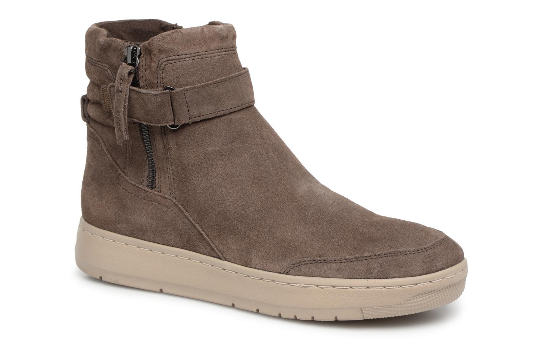 Boots en enkellaarsjes Geox Bruin