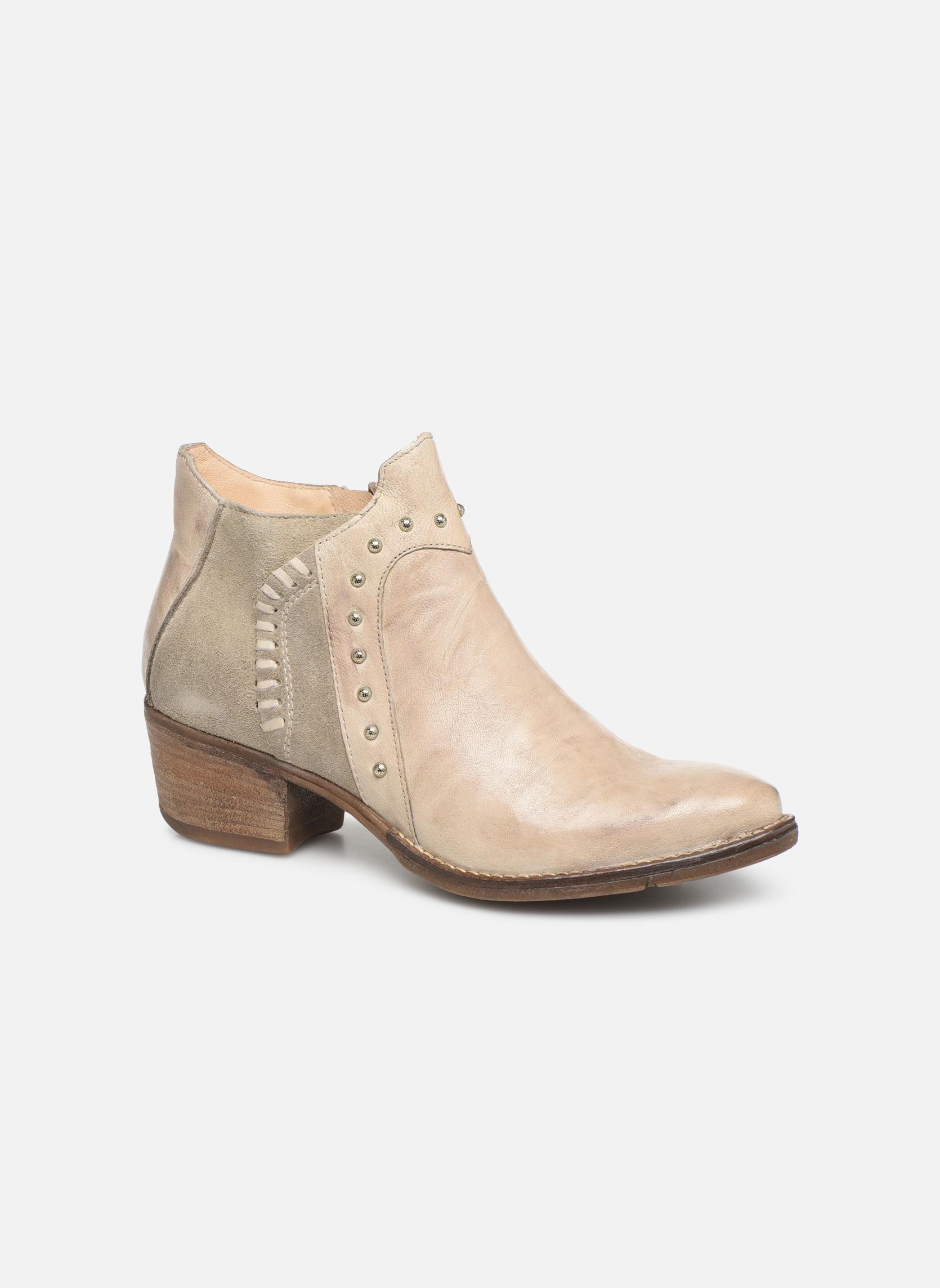 Boots en enkellaarsjes Khrio Beige
