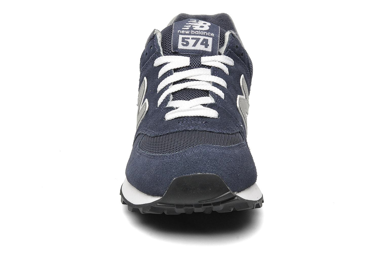 Baskets New Balance M574 Bleu vue portées chaussures