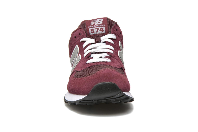 Baskets New Balance M574 Bordeaux vue portées chaussures