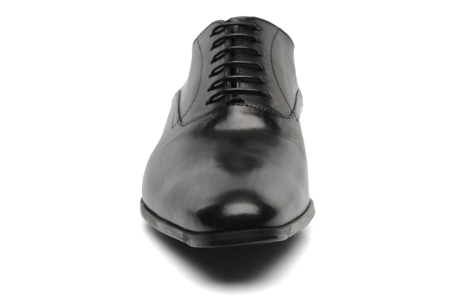 Zapatos con cordones Santoni William 07413 Negro vista del modelo