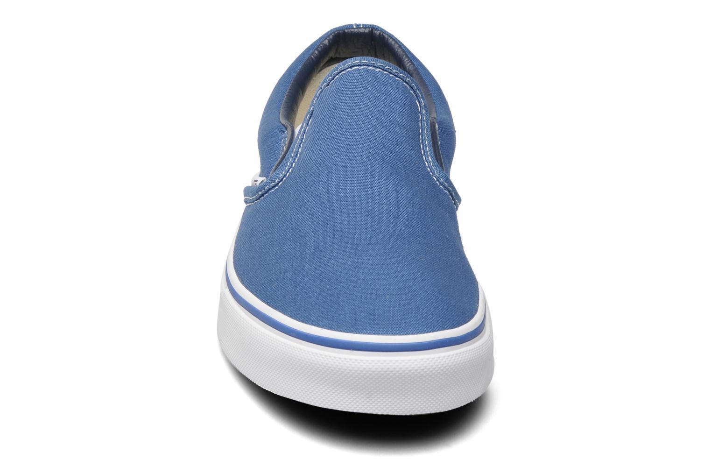 Baskets Vans Classic Slip On W Bleu vue portées chaussures