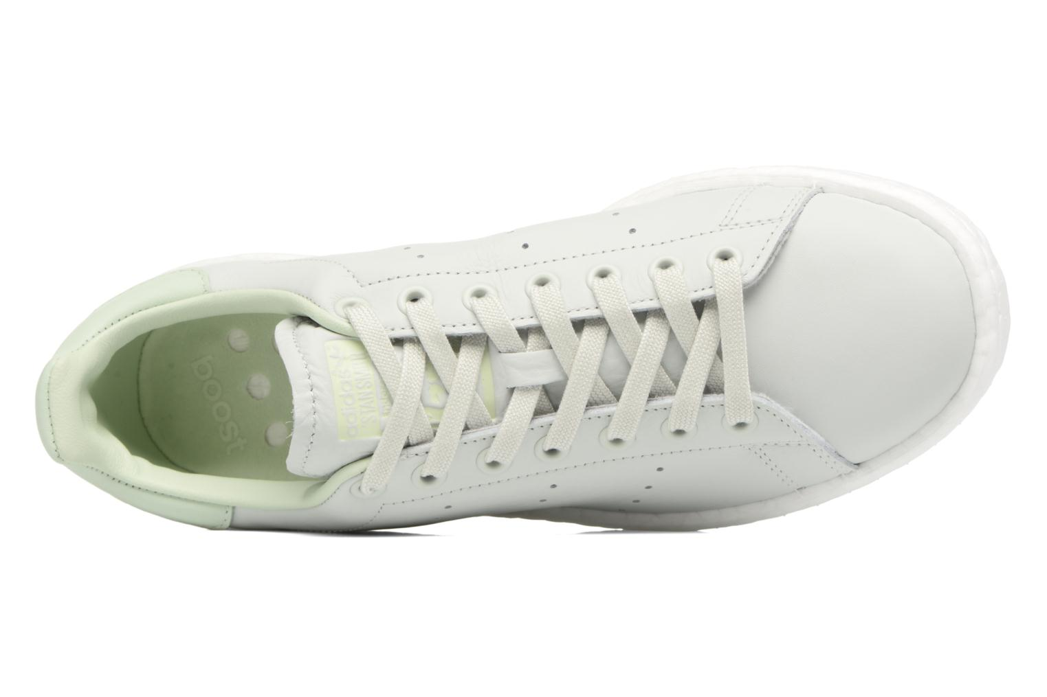 Trainers Adidas Originals Stan Smith Green view from the left