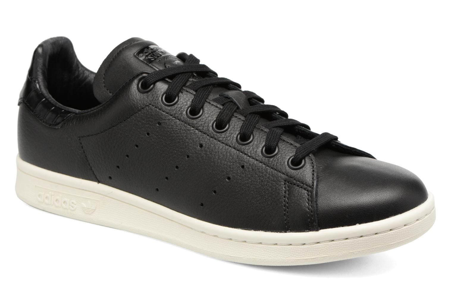 Trainers Adidas Originals Stan Smith Black detailed view/ Pair view