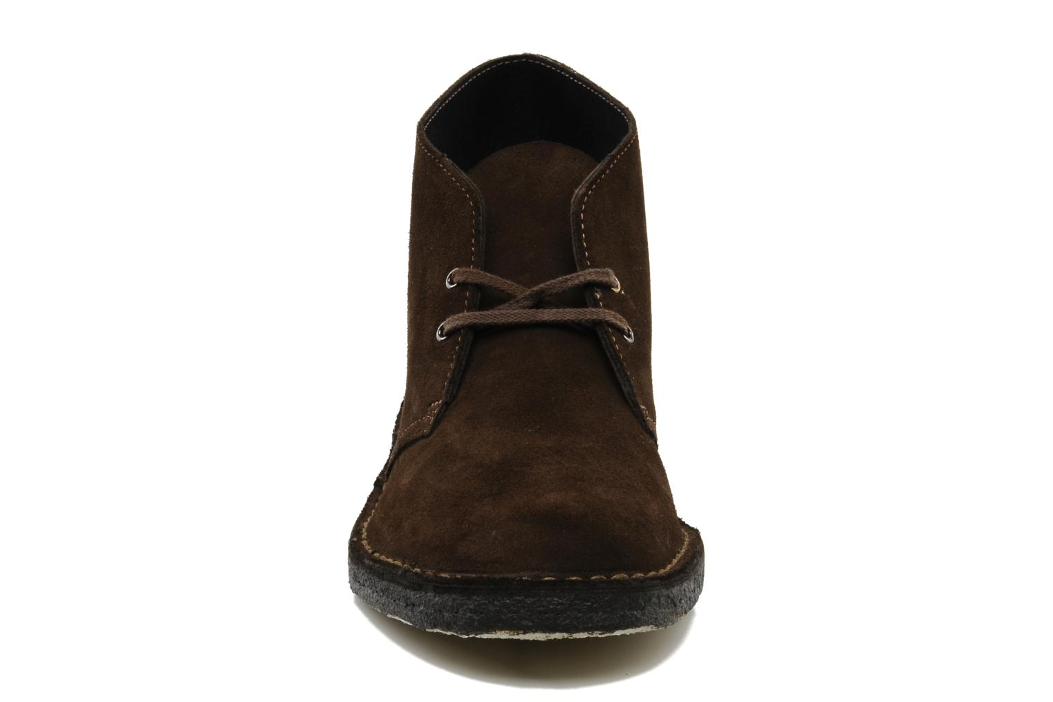 Lace-up shoes Clarks Desert Boot Brown model view