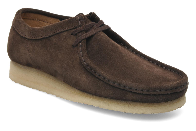 Chaussures à lacets Clarks Originals Wallabee M Marron vue détail/paire