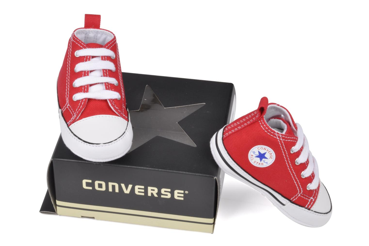 Trainers Converse First Star B Red view from underneath / model view