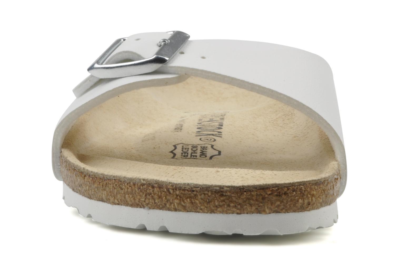 Mules et sabots Birkenstock Madrid Flor W Blanc vue portées chaussures