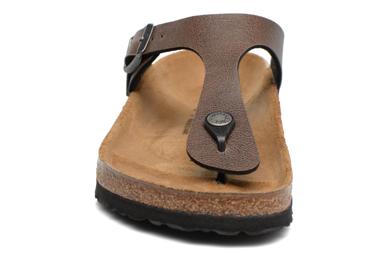 Sandaler Birkenstock Gizeh Flor W Brun bild av skorna på
