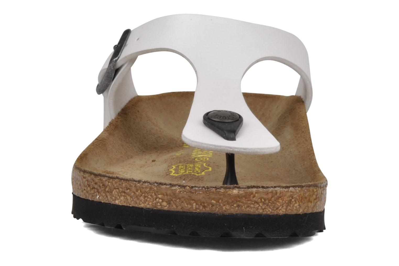 Sandales et nu-pieds Birkenstock Gizeh Flor W Blanc vue portées chaussures