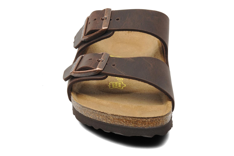 Sandals Birkenstock Arizona Cuir M Brown model view