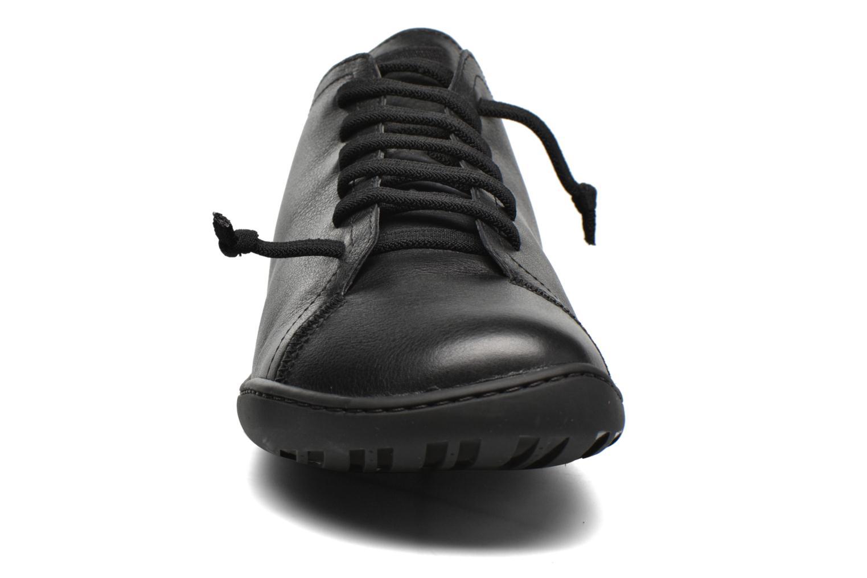 Snøresko Camper Peu Cami 17665 Sort se skoene på