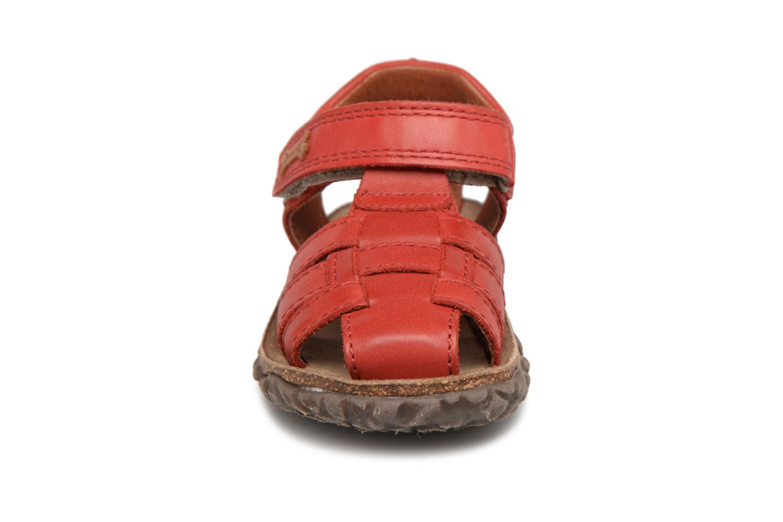Sandalen Stones and Bones Raxi rot schuhe getragen