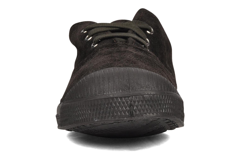 Sneakers Bensimon Tennis Suede E Brun bild av skorna på