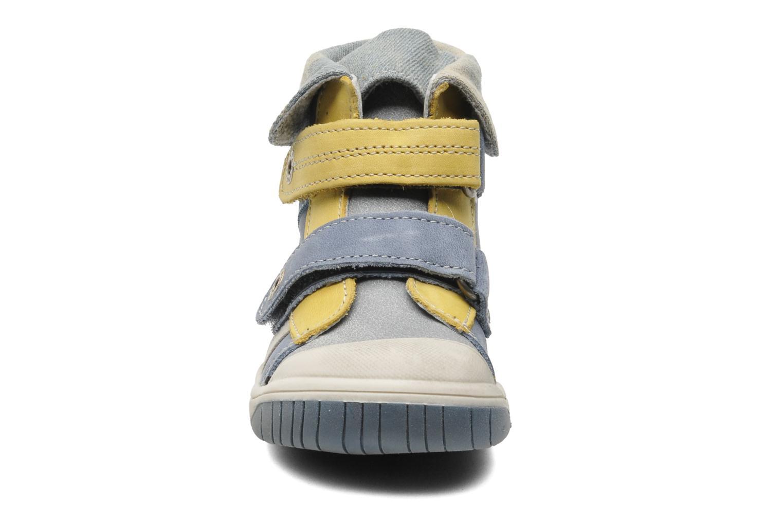Chaussures à scratch Babybotte Acteur Bleu vue portées chaussures