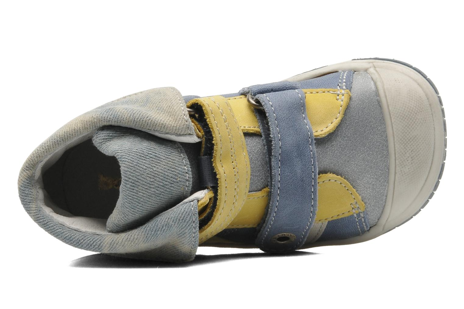 Velcro shoes Babybotte Acteur Blue view from the left