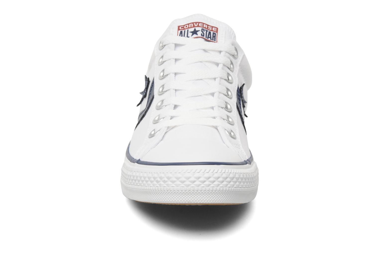 Sneakers Converse Star Player Ev Canvas Ox M Bianco modello indossato