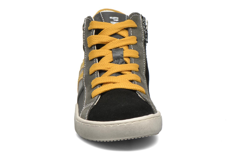 Sneaker Primigi Stripe schwarz schuhe getragen