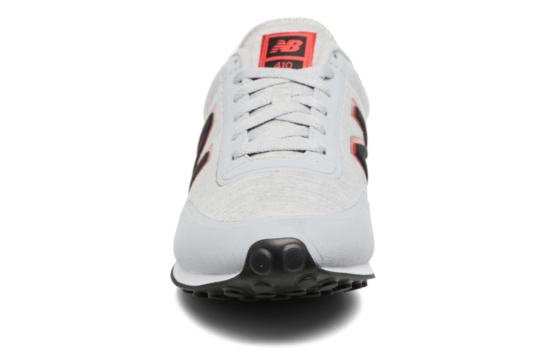 Baskets New Balance U410 Gris vue portées chaussures