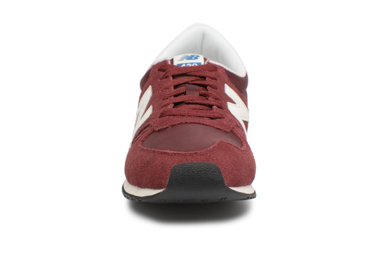 Sneakers New Balance U420 Rød se skoene på