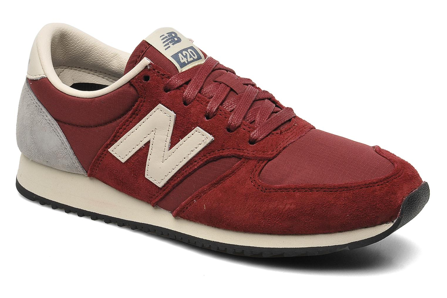Sneaker NEW BALANCE U420 Color Bordeaux