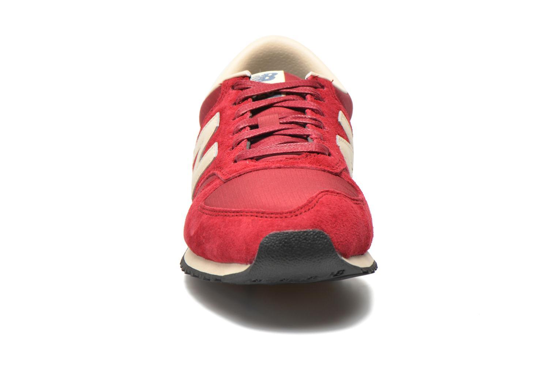 Sneaker New Balance U420 W weinrot schuhe getragen