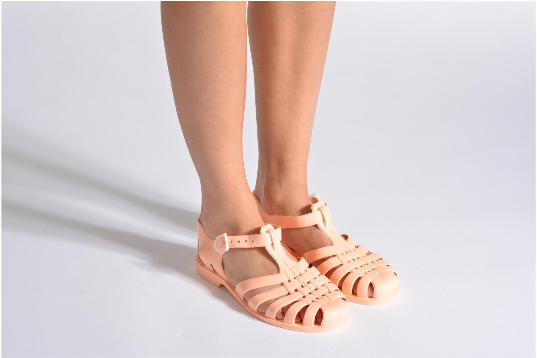 Chaussures de sport Méduse Sun W Rouge vue bas / vue portée sac