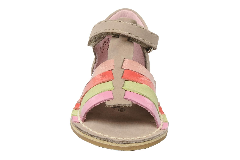 Sandalen Kickers Colmar beige schuhe getragen